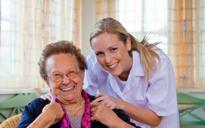 Is It Beneficial To Keep An Elderly Loved One With Dementia At Home?